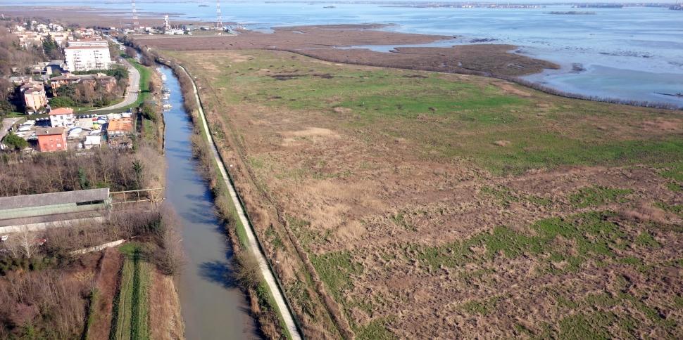 Il canale Osellino in gronda lagunare