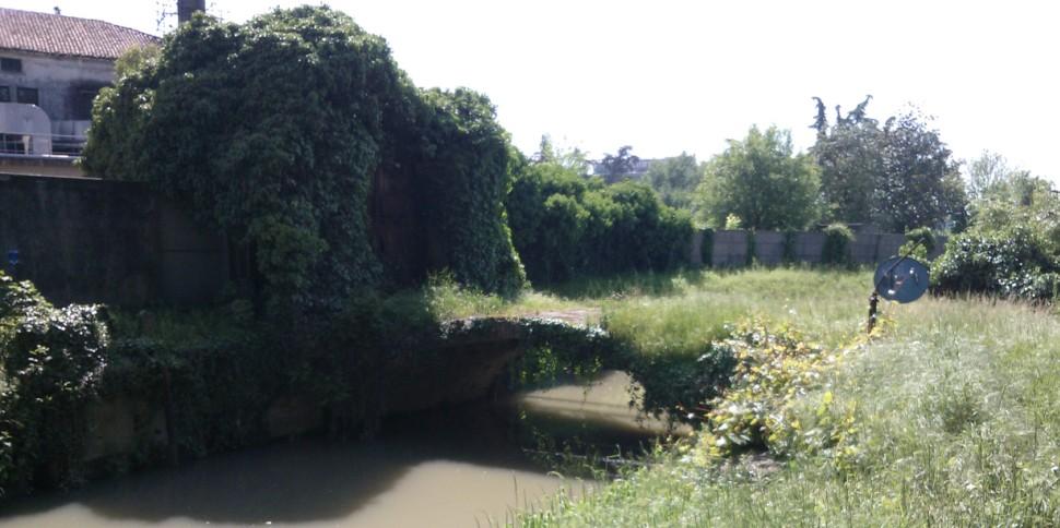 Il Ponte di via Castelvecchio sul ramo Campana ai nostri giorni